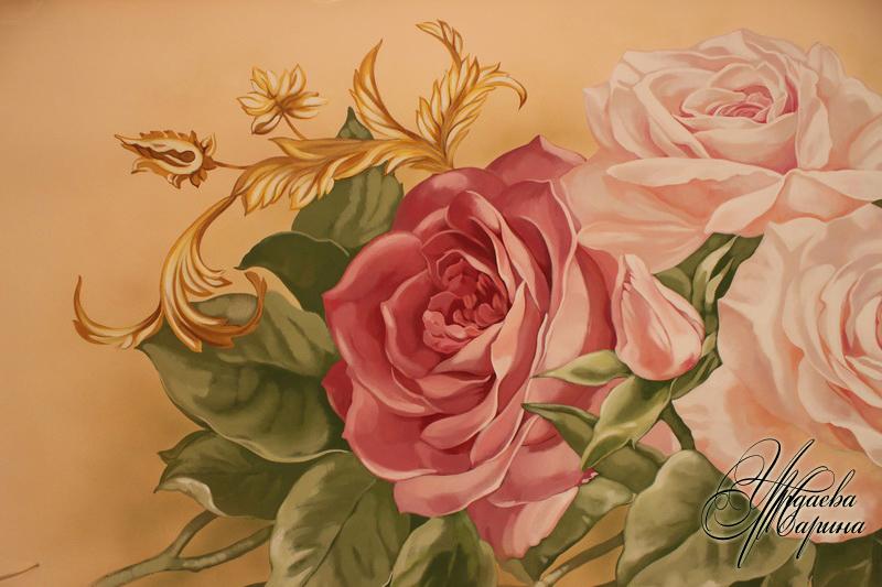Роспись стены розами